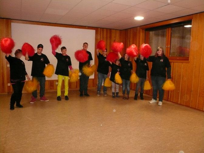 Mitglieder der Tanz-AG